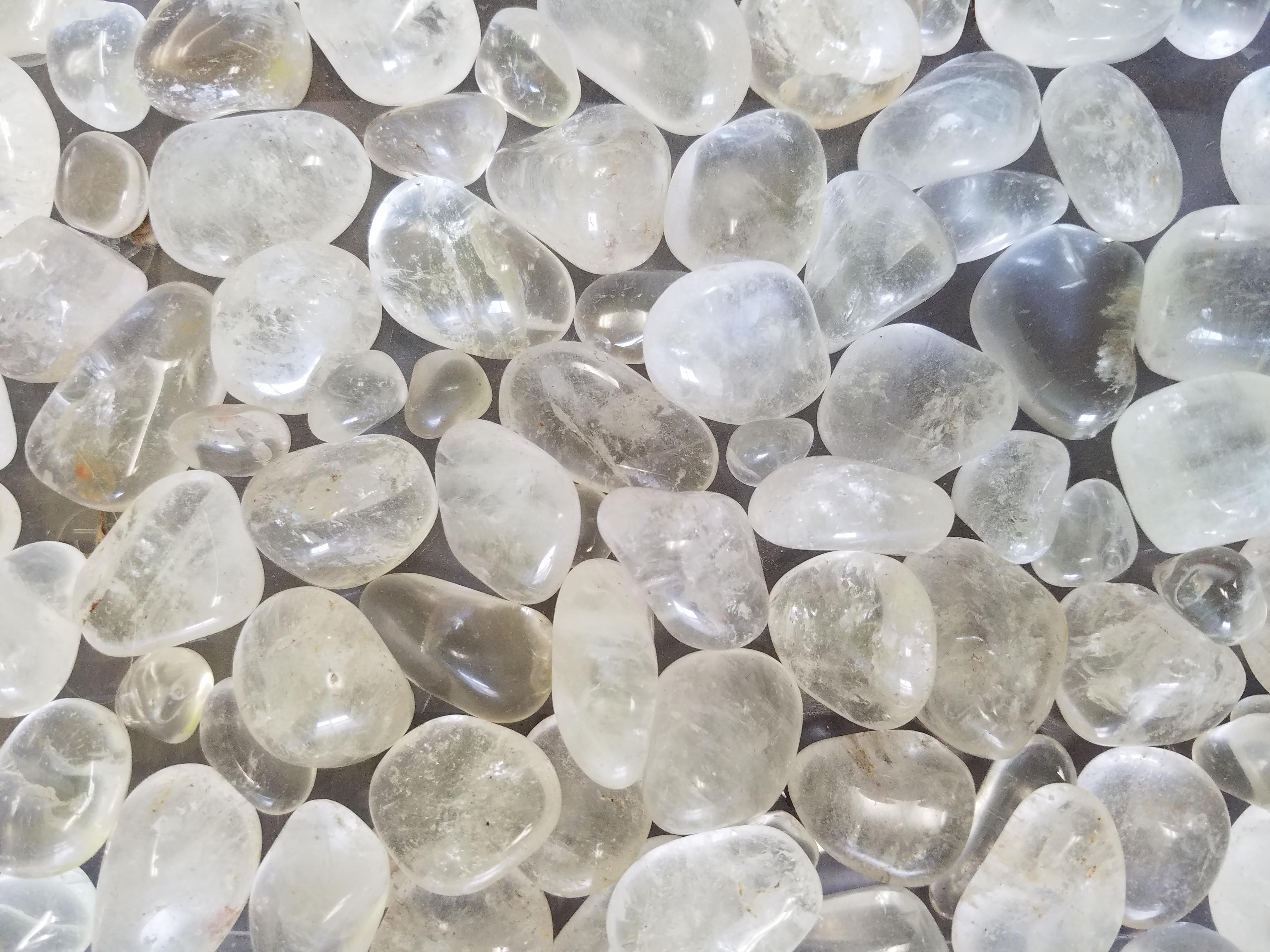 clear-white-stones-1668.jpg