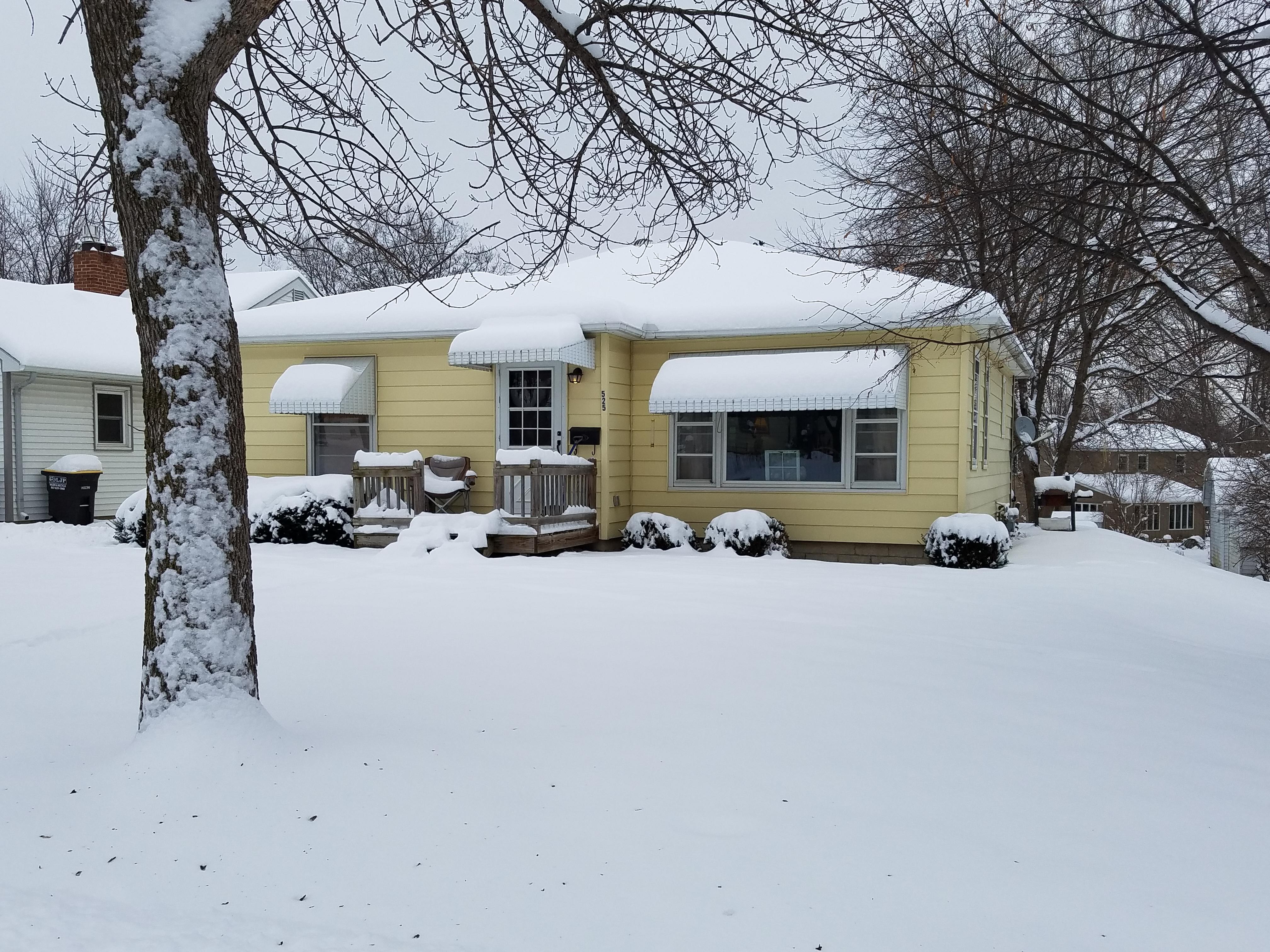 house_with_snow-705.jpg